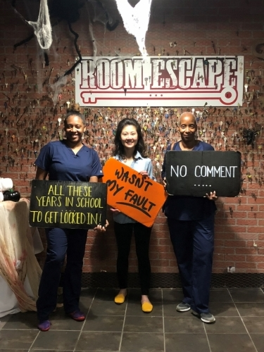 Kendra, Lizzie, Pam escape room